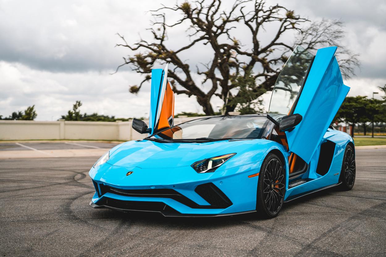Lamborghini Aventador S Roadster Hot Car Rentals